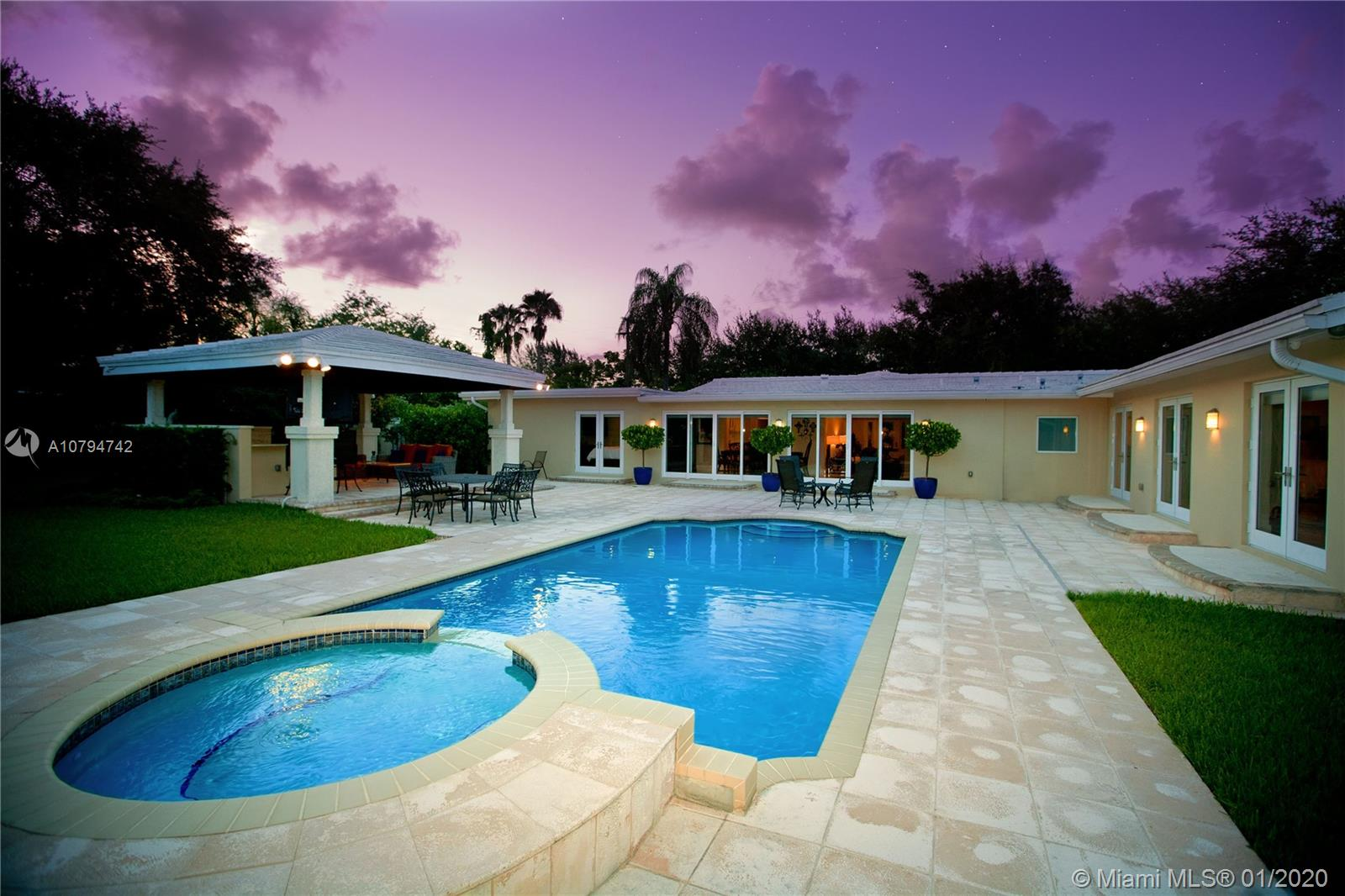 7160 SW 124th St  For Sale A10794742, FL