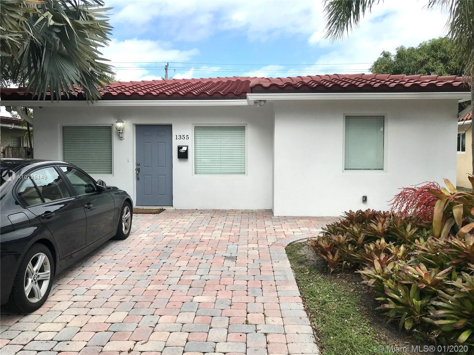 1355  Washington St  For Sale A10795149, FL