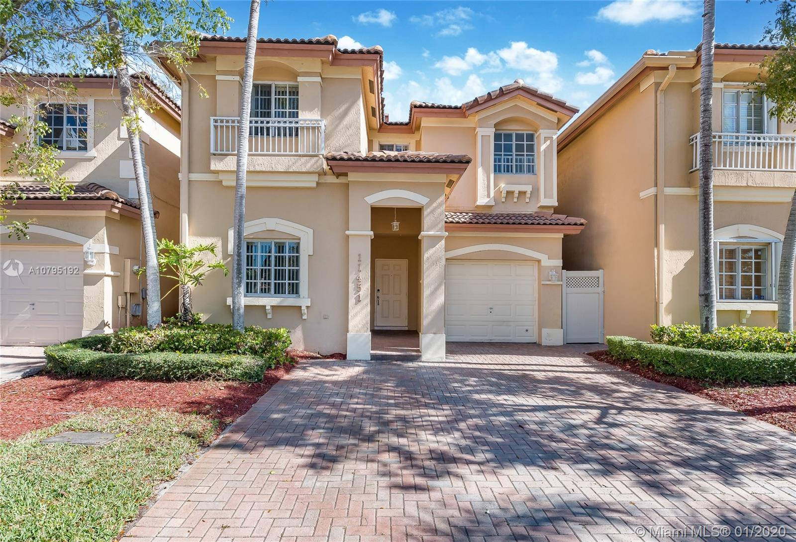 11451 NW 68 Terr  For Sale A10795192, FL