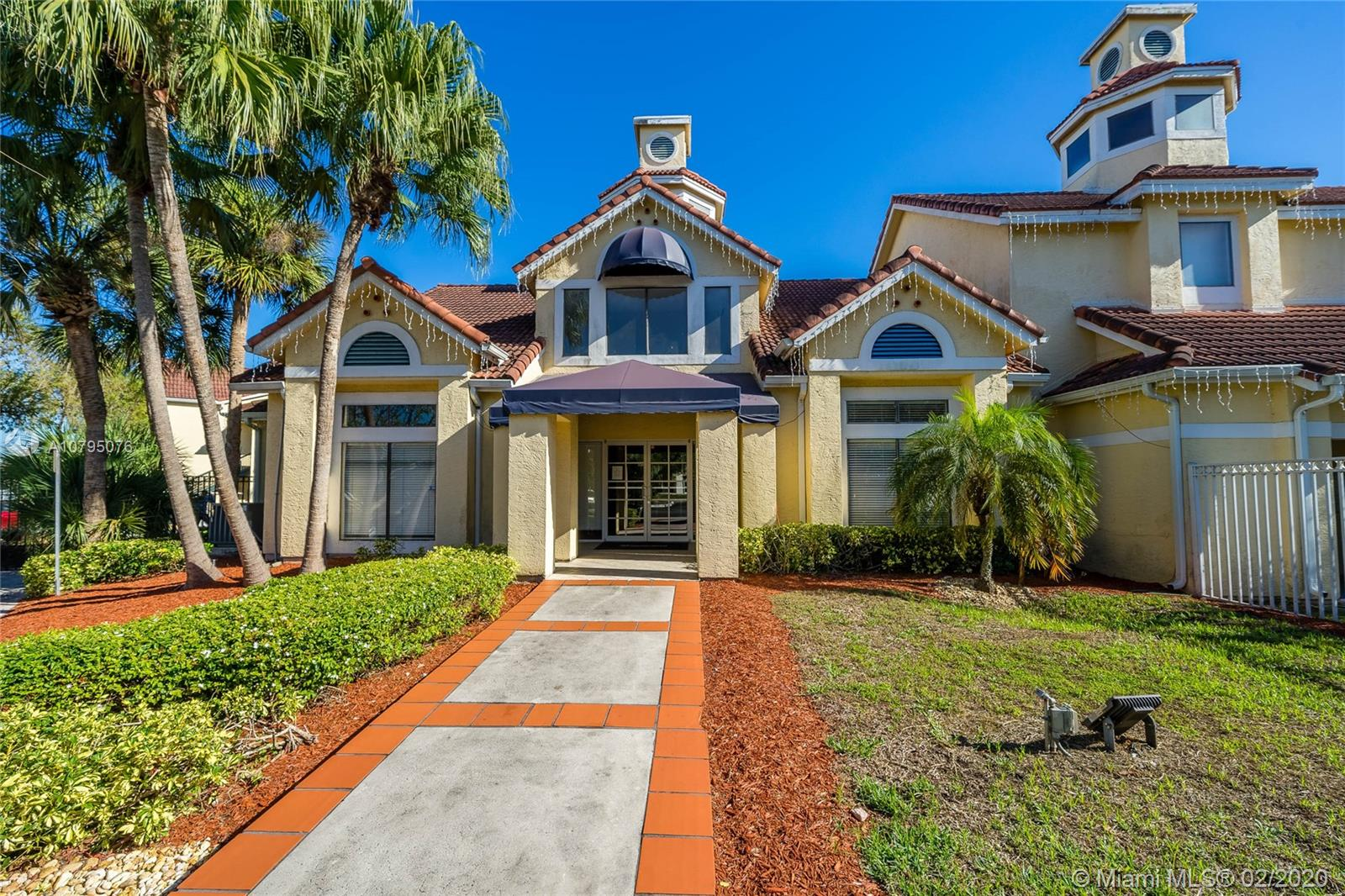 15051 SW 103rd Ln #4102 For Sale A10795076, FL