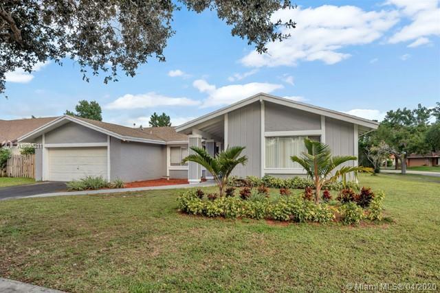 1300 NW 94TH AVE, Plantation, FL 33322