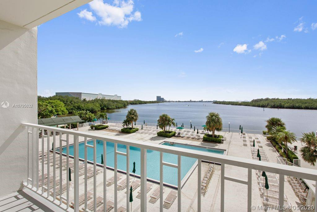 300  Bayview Dr #302 For Sale A10795032, FL