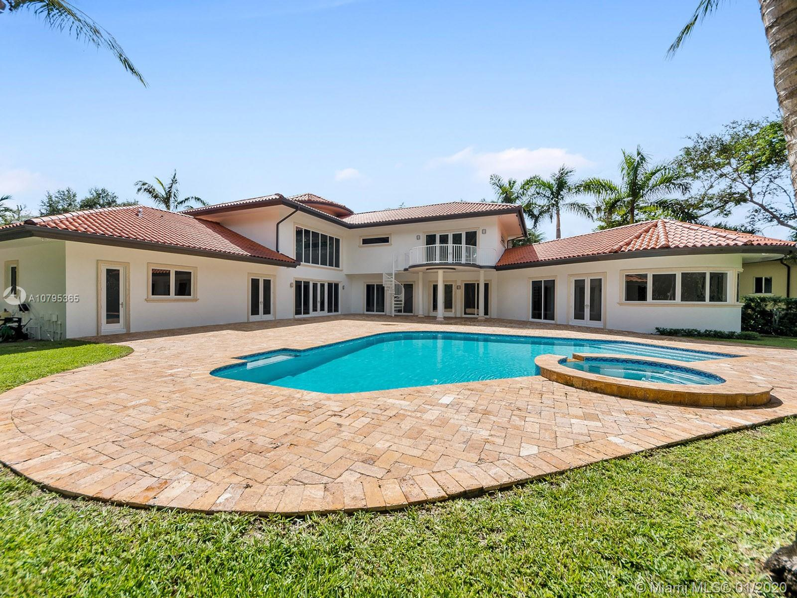 10600 SW 69th Ave  For Sale A10795365, FL