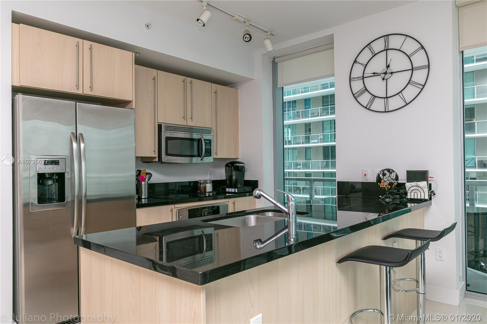79 SW 12th St #1207-S For Sale A10795627, FL