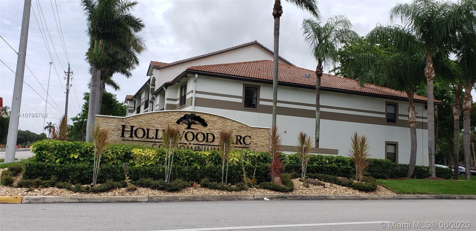 630 S Park Rd #18-3 For Sale A10795768, FL