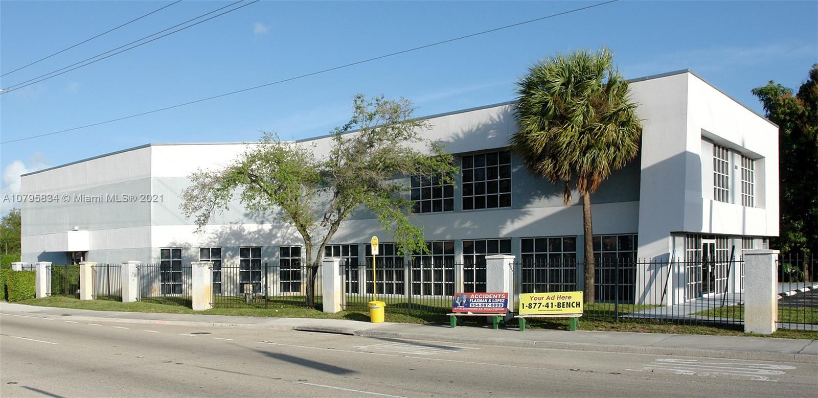 3001 Griffin Rd B, Dania Beach, FL 33312