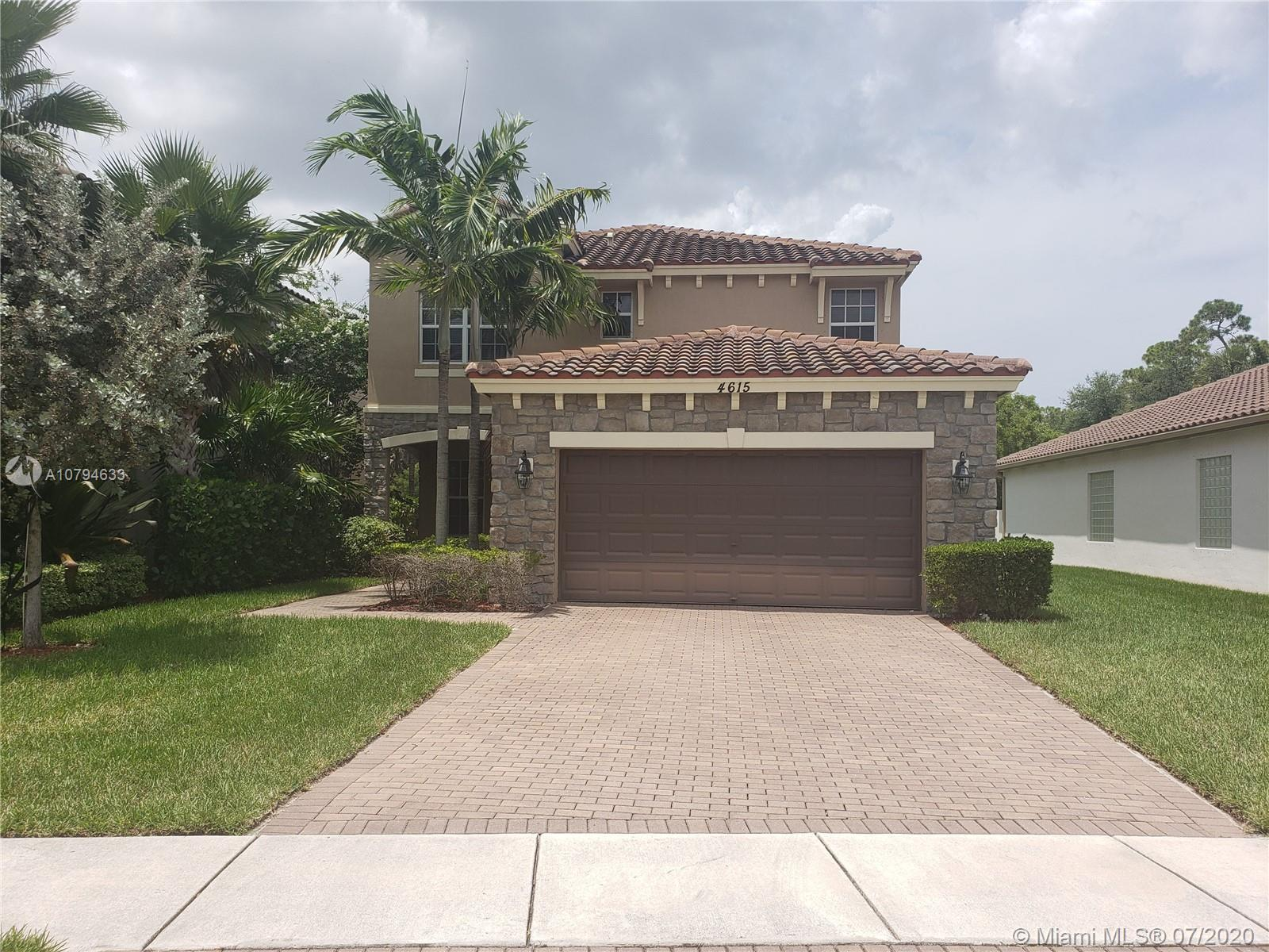 4615 Capital Dr, Lake Worth, FL 33463