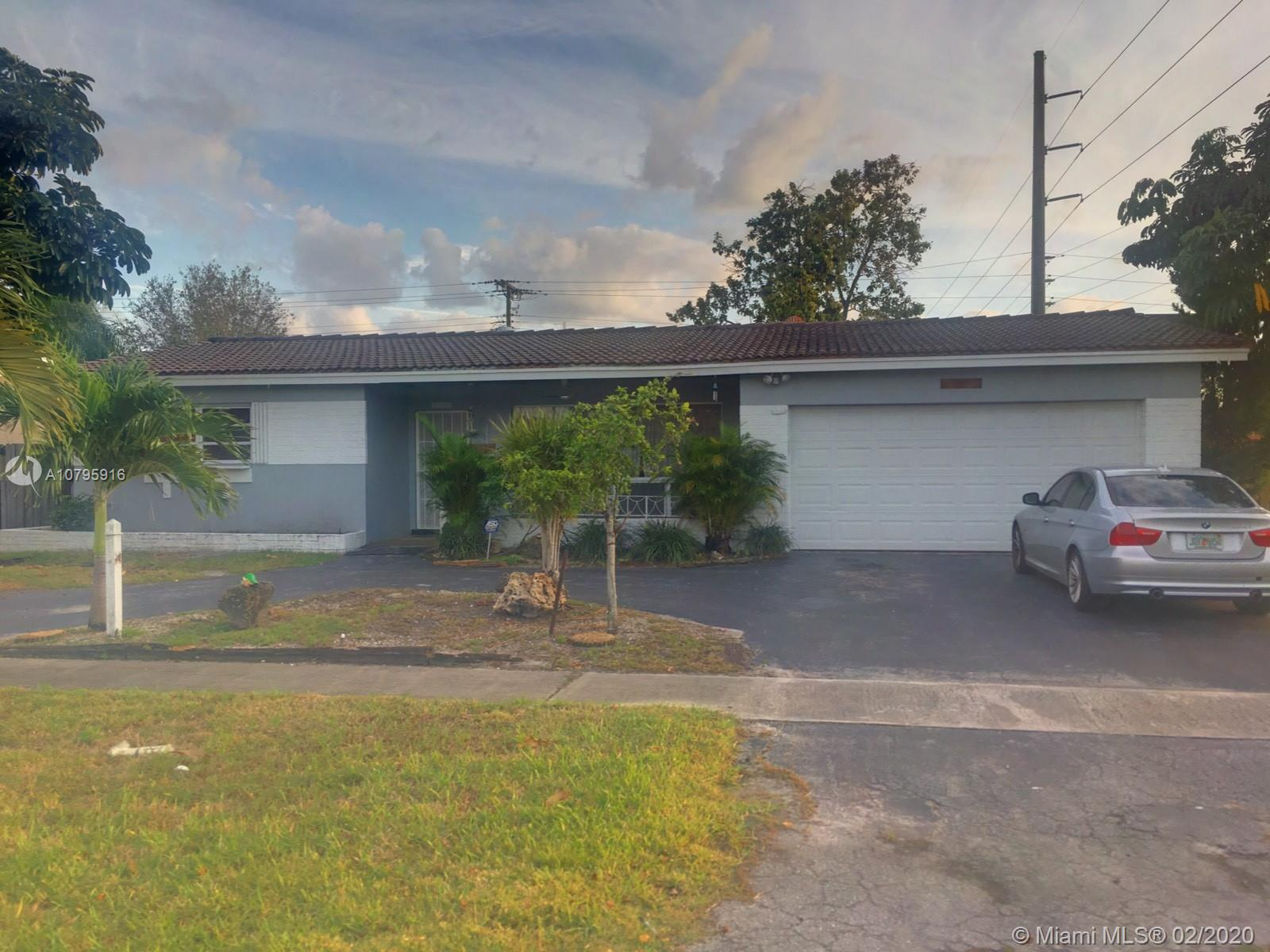 5524  Madison St  For Sale A10795916, FL