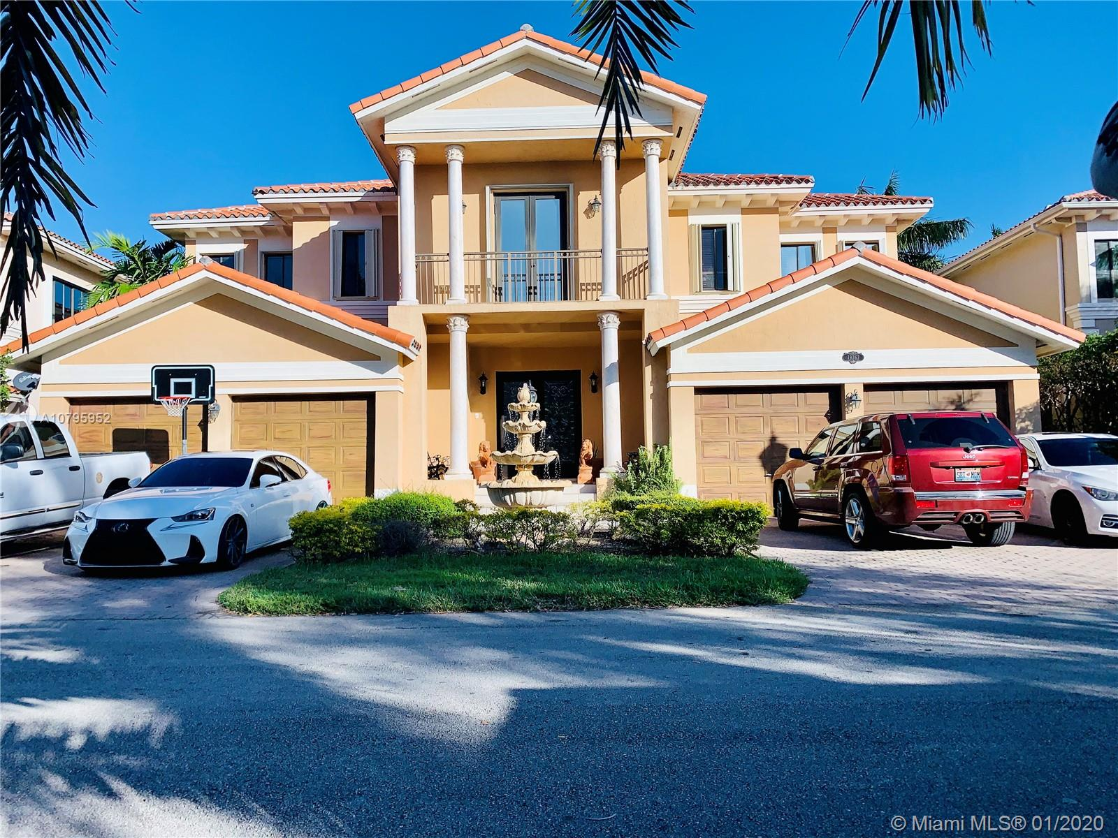 19363 SW 79th Ave  For Sale A10795952, FL