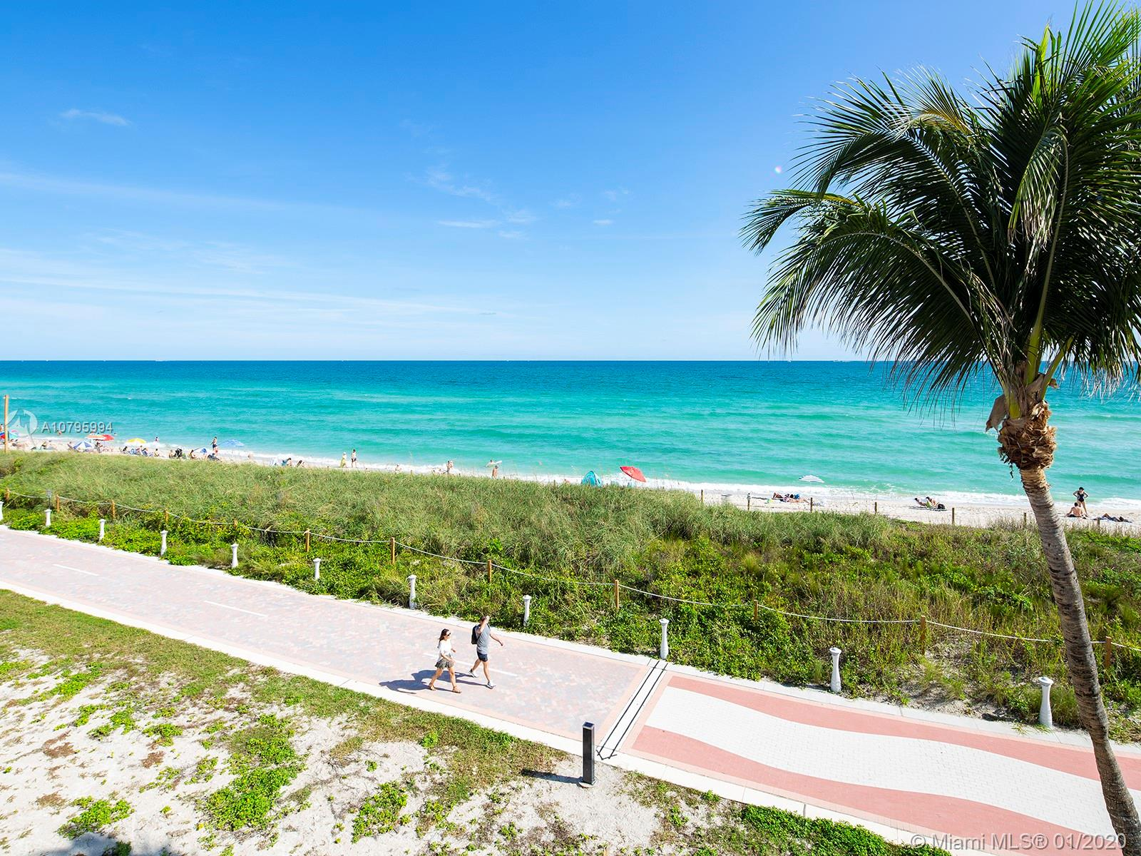5401  Collins Ave #129 For Sale A10795994, FL