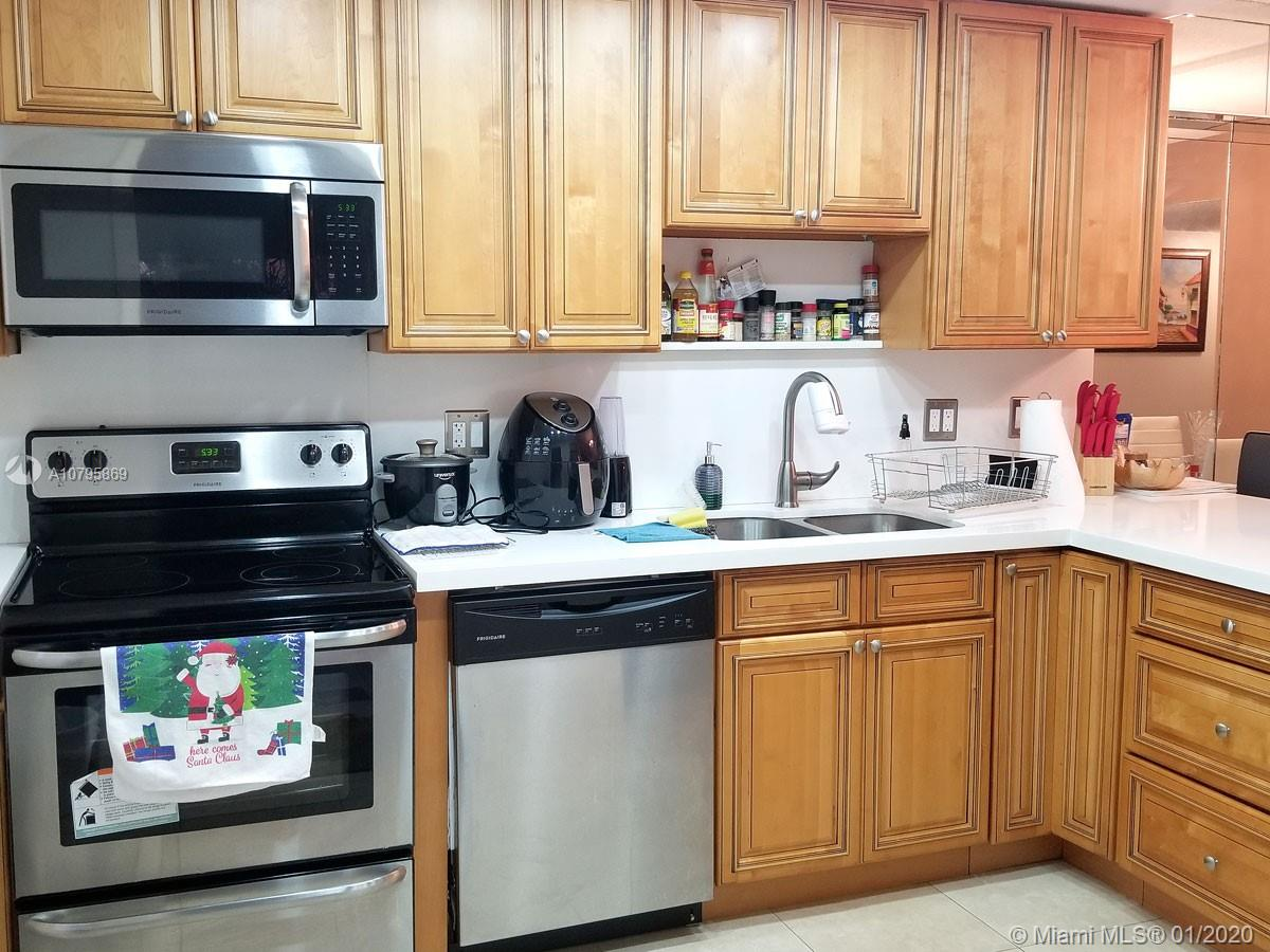 4160  Inverrary Dr #112 For Sale A10795869, FL