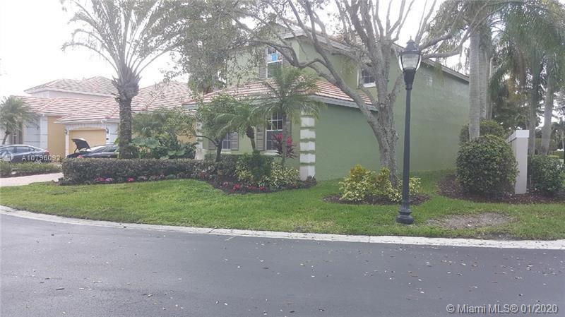 8401 Heritage Club Dr, West Palm Beach, FL 33412