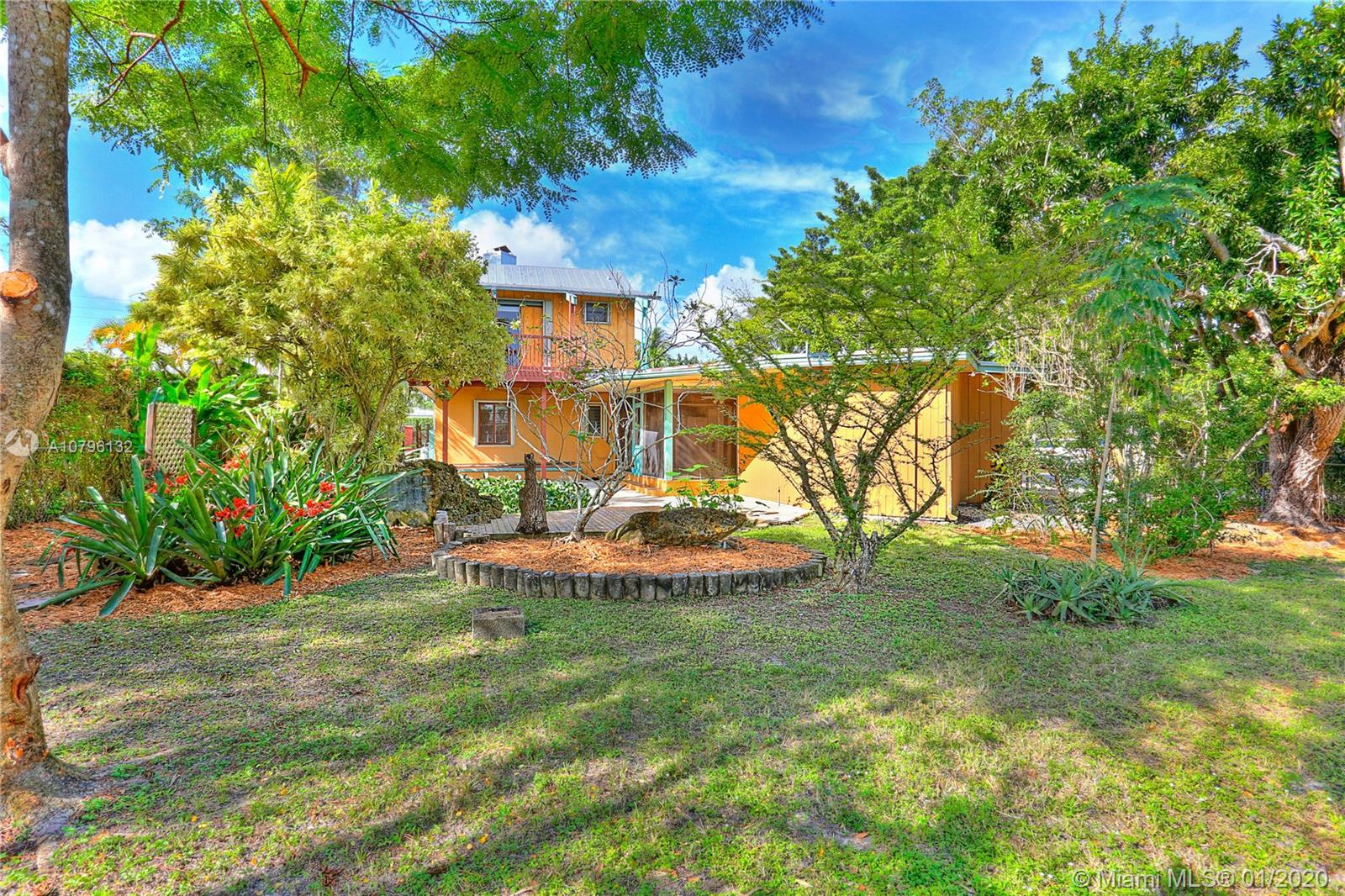5237 SW 67th Ave  For Sale A10796132, FL
