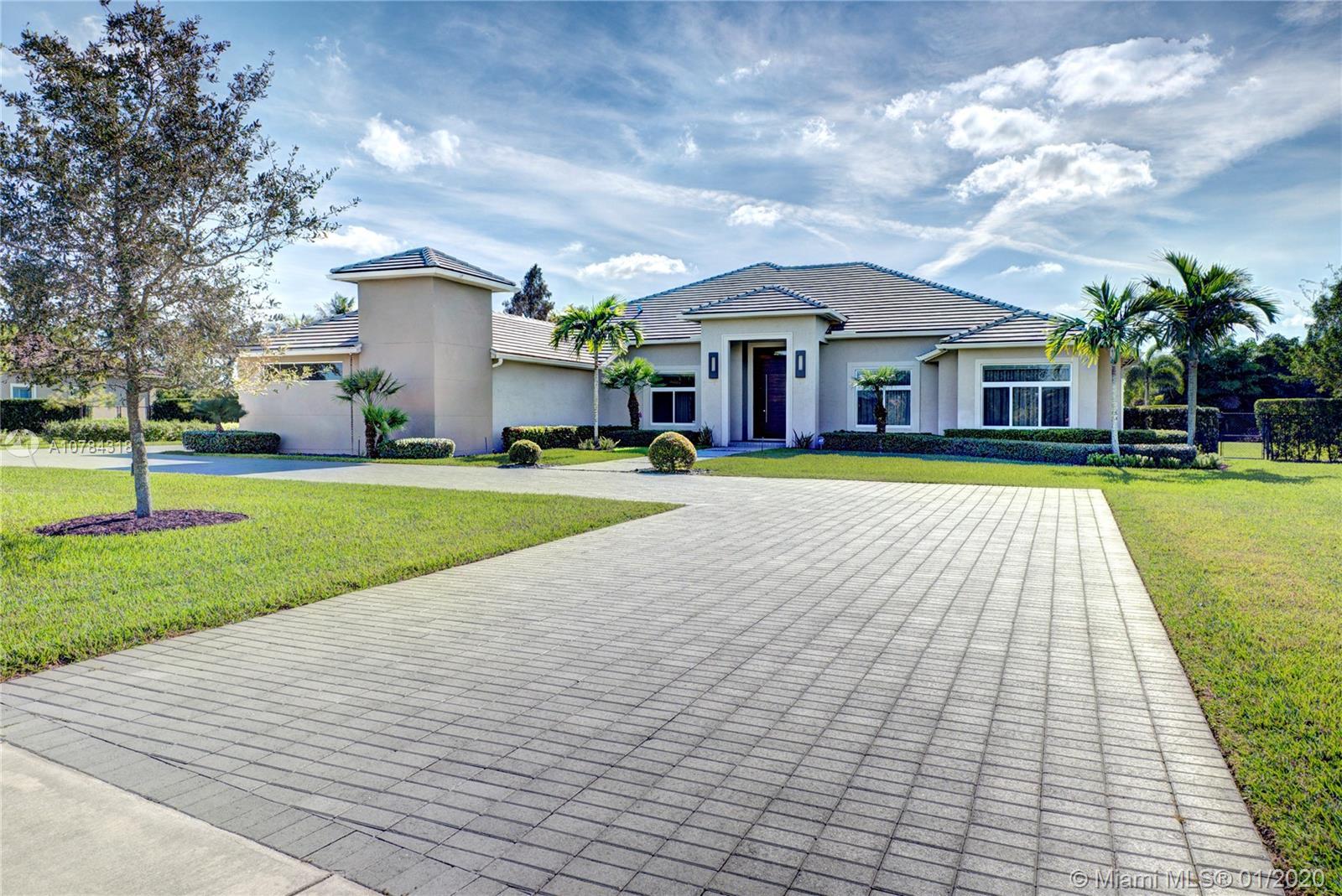 14640 Jockey Circle South, Davie, FL 33330