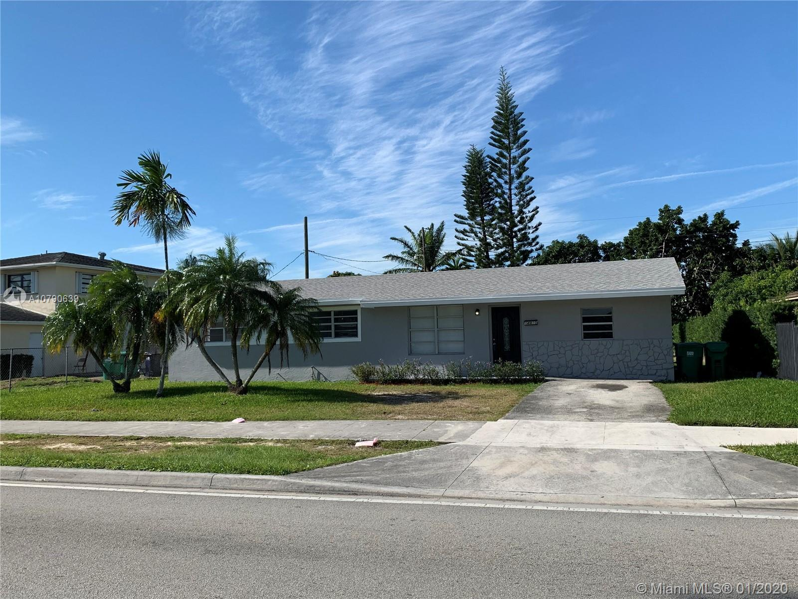 14810  Lincoln Blvd  For Sale A10790639, FL
