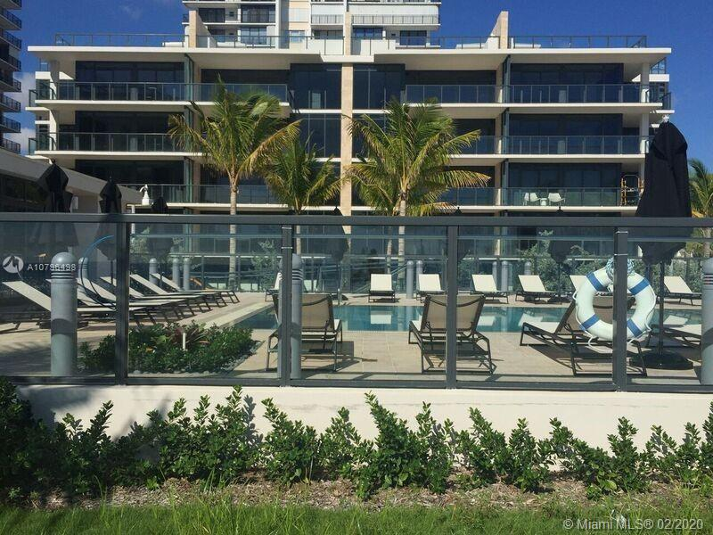 2101 S Surf Rd #PHE For Sale A10796498, FL