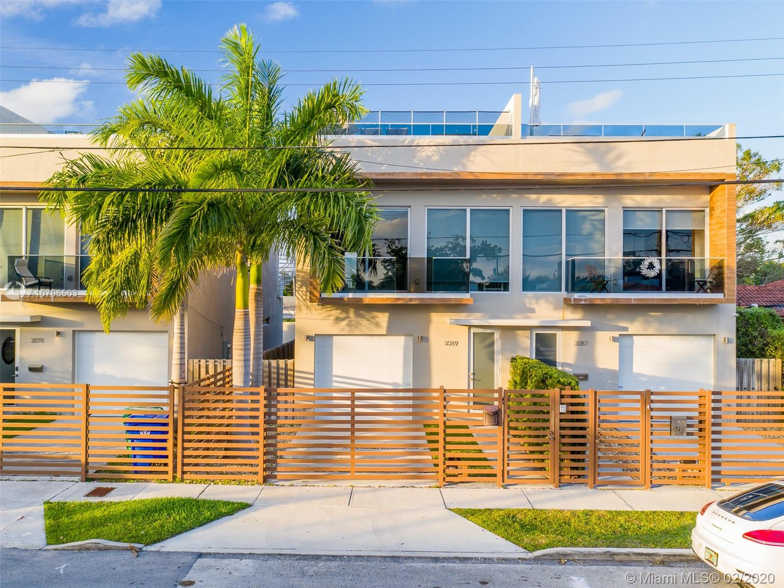 3089  21 street #2 For Sale A10796503, FL