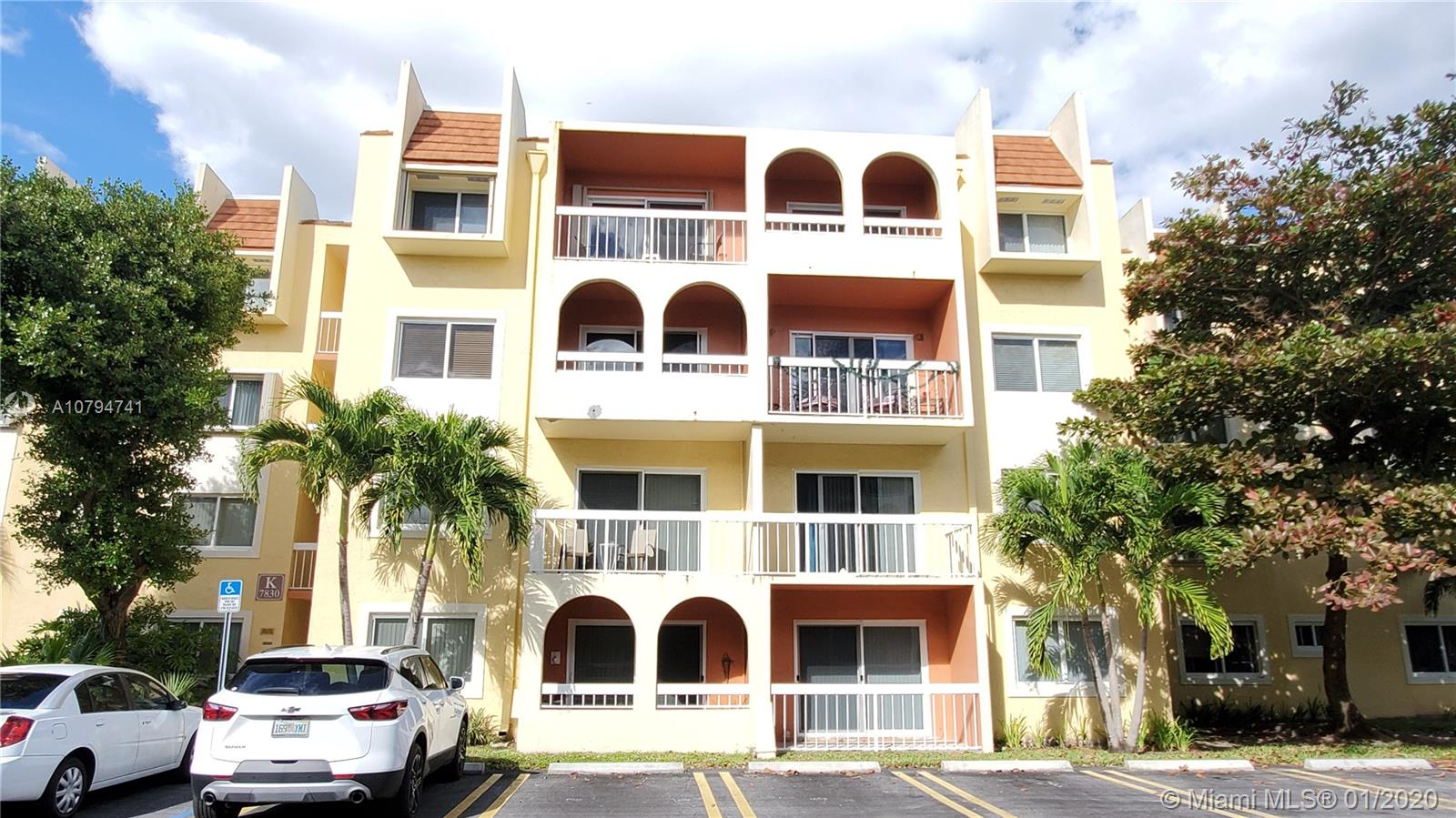7830  Camino Real #k-405 For Sale A10794741, FL
