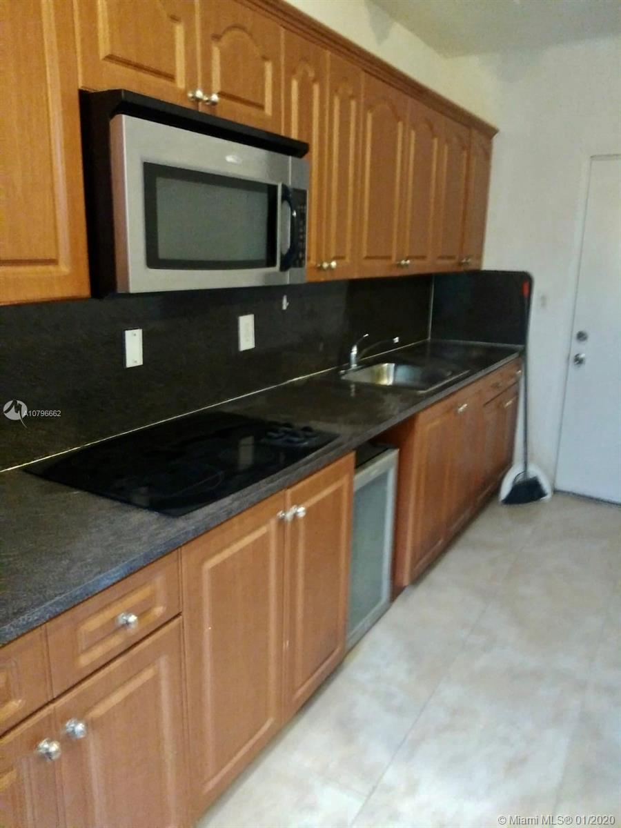 7920  Harding Ave #10 For Sale A10796662, FL