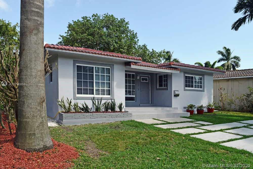 1323  Polk St  For Sale A10796858, FL