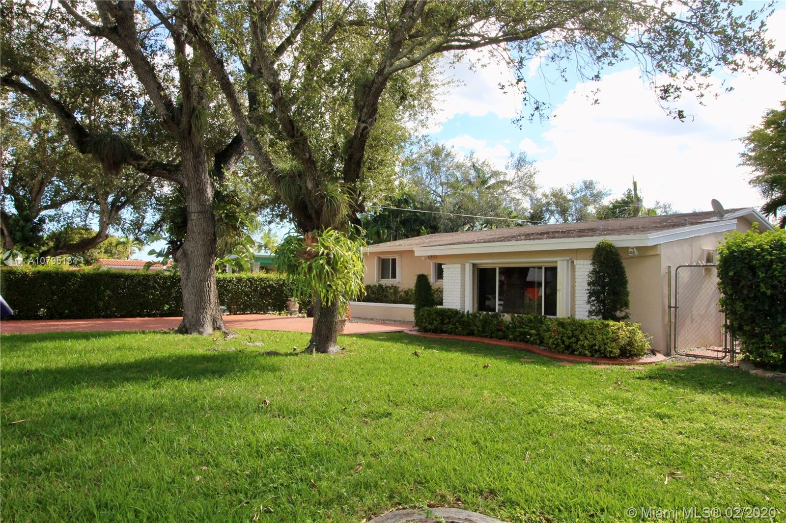 9160 SW 73rd St  For Sale A10795134, FL