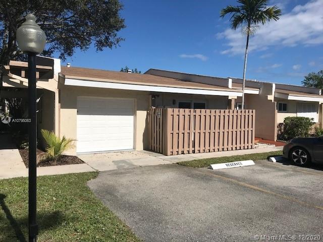 2365 N 37th Ave #2365 For Sale A10795063, FL