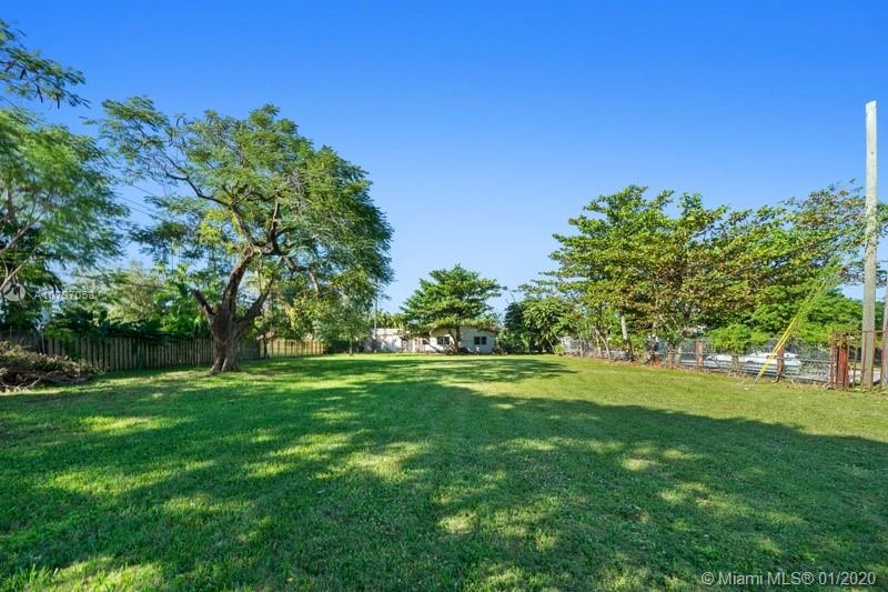 SW 9th Terr  For Sale A10797053, FL