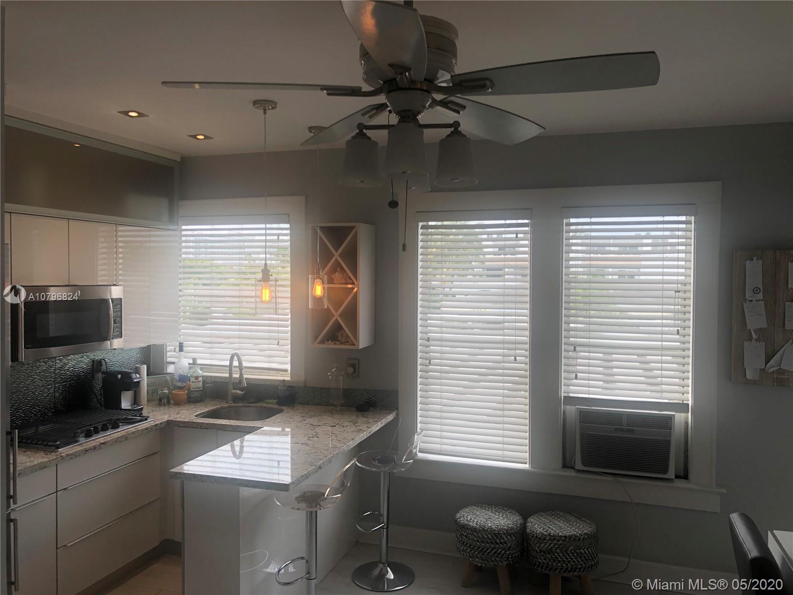 642  Michigan Ave #22 For Sale A10796824, FL