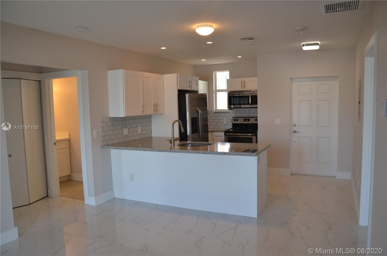 THIS IS YOUR OWN PIECE OF PARADISE IN A BOUTIQUE STYLE BUILDING WITH TOTAL OF 9 UNITS :)BUILD IN 2017 - EVERYTHING IS BRAND NEW!IT IS ELEGANT 2B/2B, WITH WHITE KITCHEN CABINETS, QUARTZ AND GLASS COUNTER TOPS; STAINLESS STEEL APPLIANCES; PORCELAIN FLOORS; WASHER AND DRYER IN THE UNIT.AMENITIES - PRIVATE GYM AND SWIMMING POOL.PARKING - 2 DESIGNATED PARKING SPACES.THE LOCATION OF THIS PROPERTY IS GREAT - WALKING DISTANCE TO THE BEACH, CASINO&SHOPPING CENTER. EXCELLENT SCHOOLS. 5 MIN DRIVING DISTANCE TO FORT LAUDERDALE  AIRPORT.