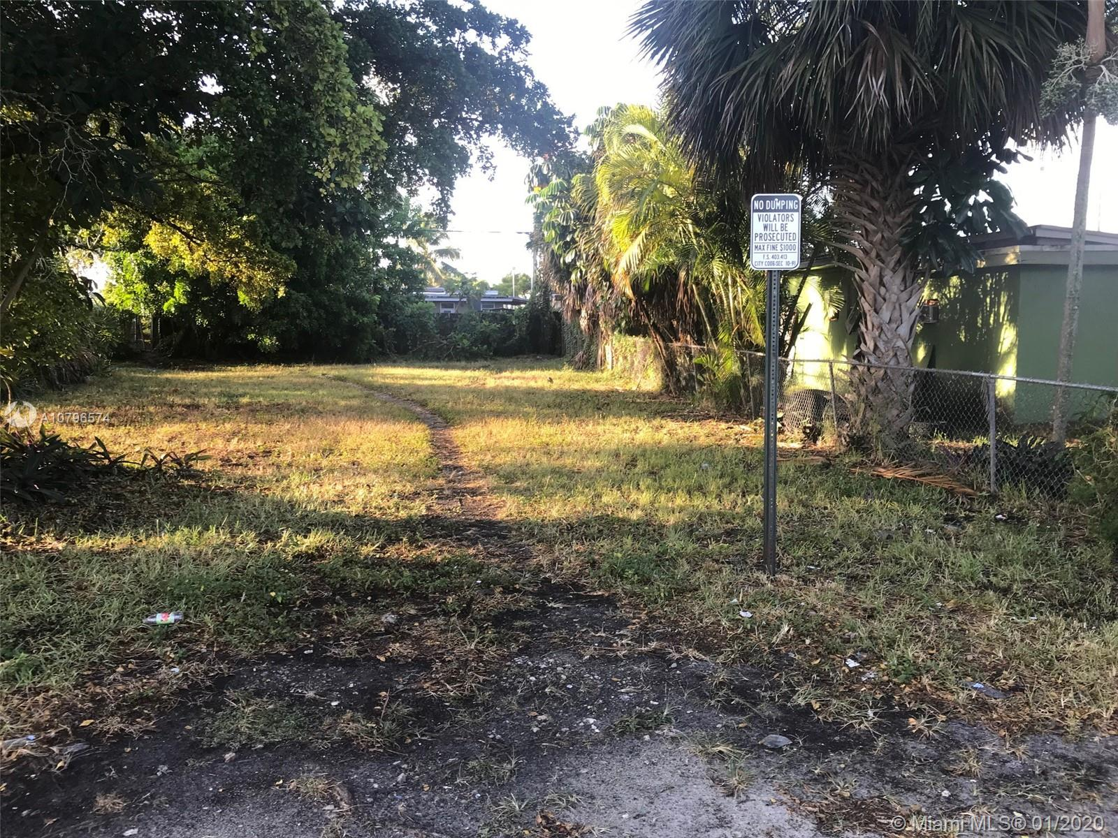 6014 SW 40th CT  For Sale A10796574, FL