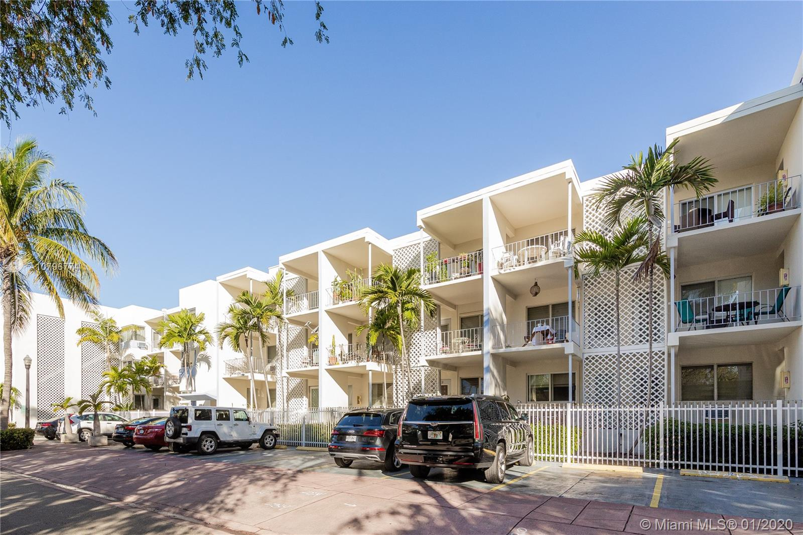 641  Espanola Way #30 For Sale A10796774, FL