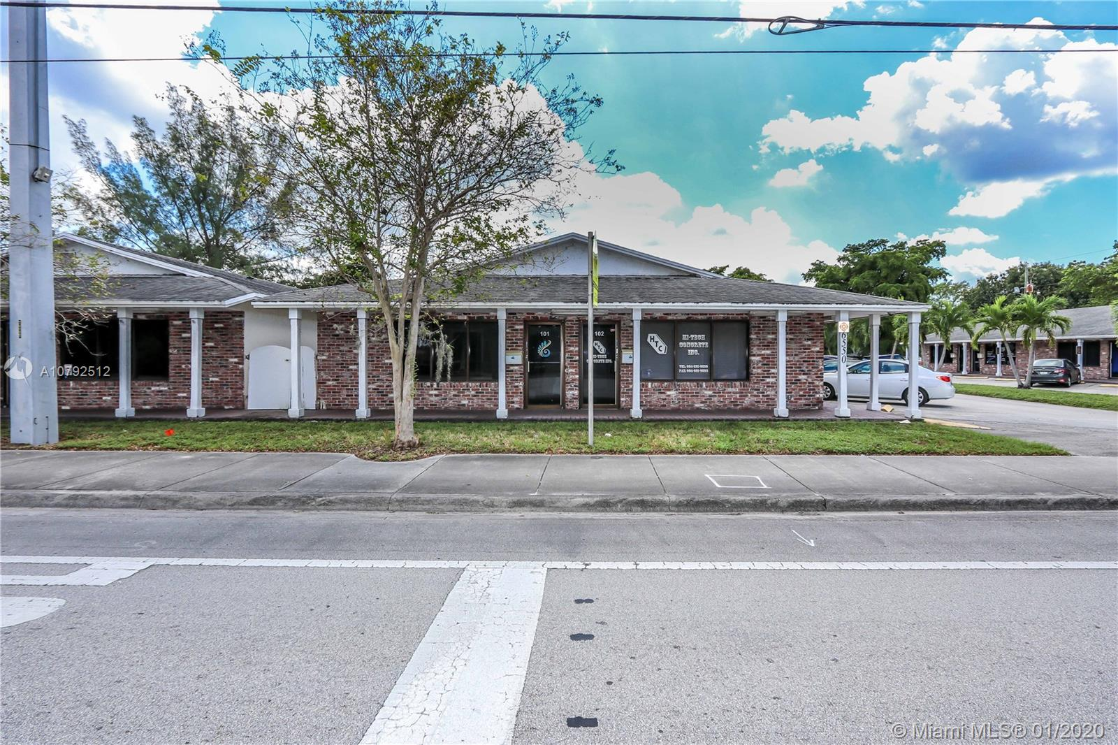 6550  Griffin Rd  For Sale A10792512, FL