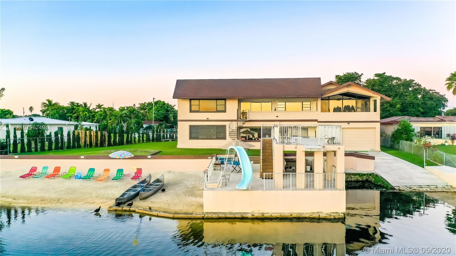 5045  Westwood Lake Dr  For Sale A10796249, FL