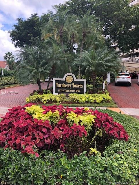 19355  Turnberry Way #23F For Sale A10797182, FL