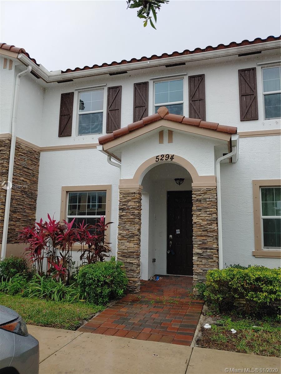 5294 Ashley River Rd, West Palm Beach, FL 33417
