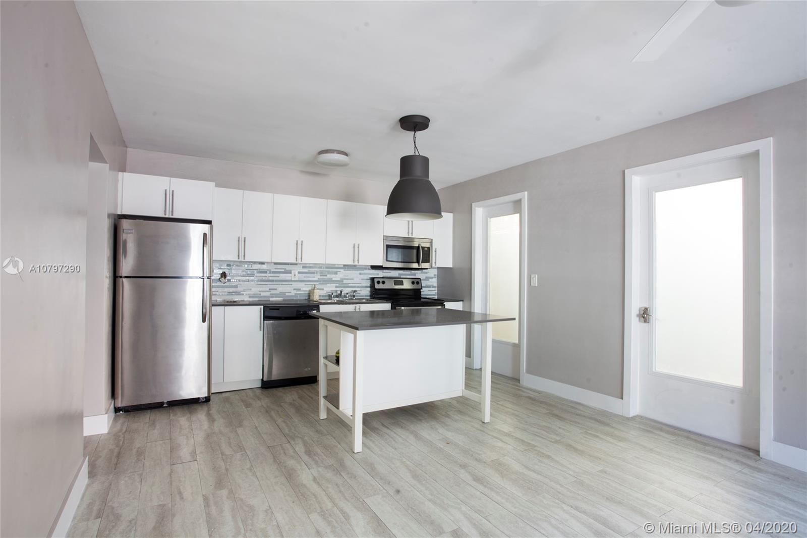 1117  Meridian Ave #7-1117 For Sale A10797290, FL