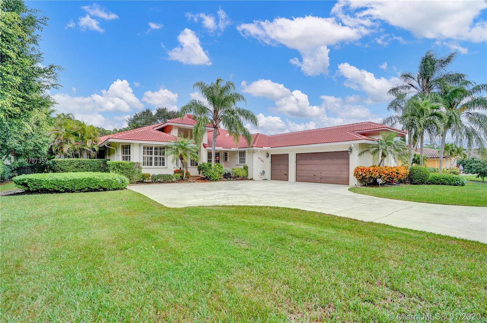 Plantation Homes For Sale – South Florida Real Estate on san antonio ranch home, tampa ranch home, ocala ranch home, florida ranch home, rolling hills ranch home, key west ranch home, estate ranch home, fort lauderdale ranch home,