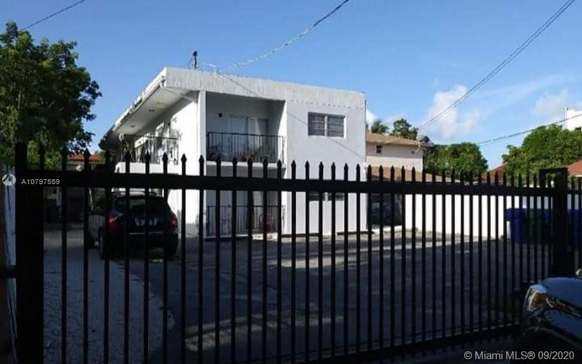 652 SW 2nd St  For Sale A10797559, FL