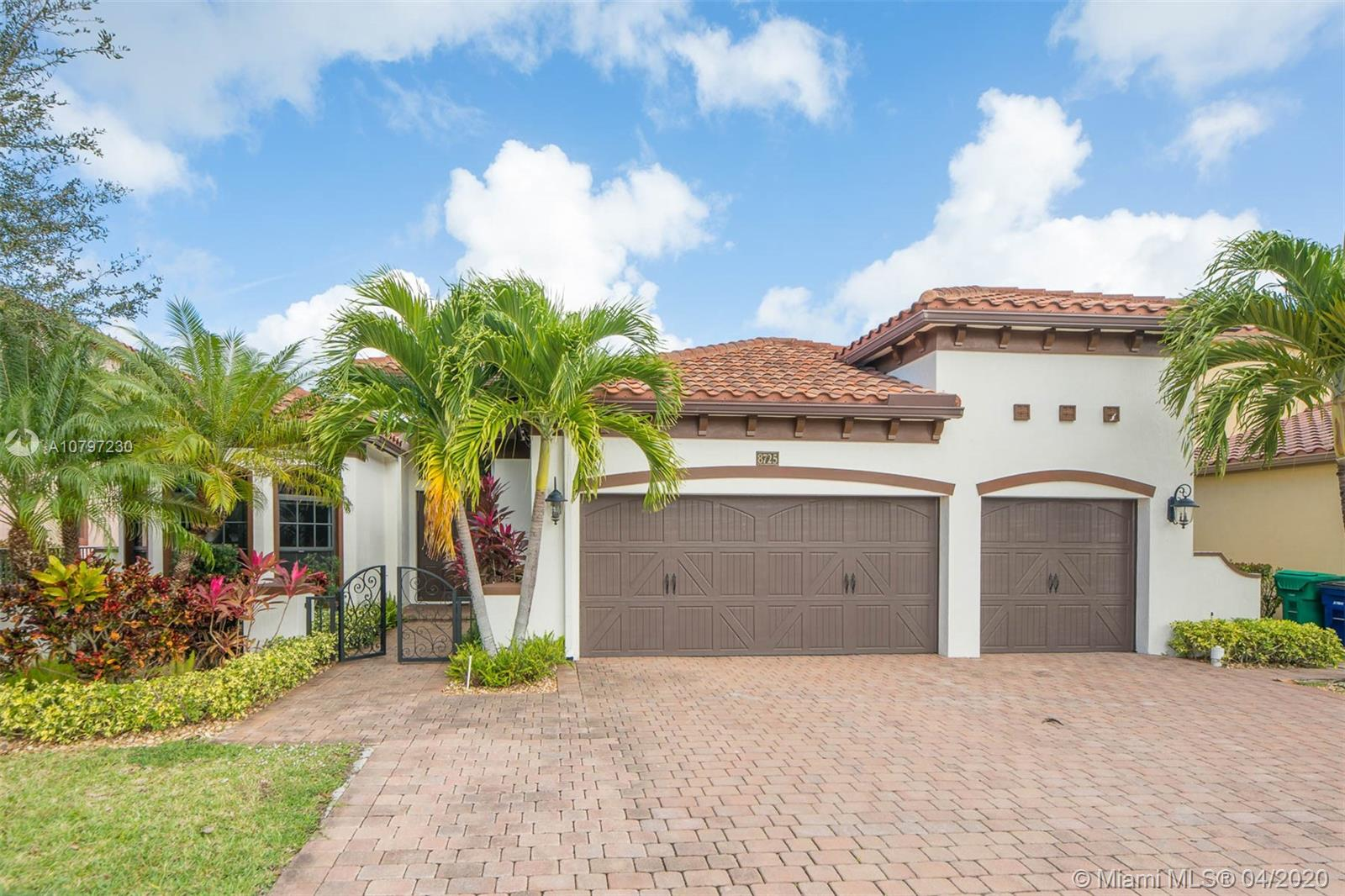 8725 NW 41st St  For Sale A10797230, FL