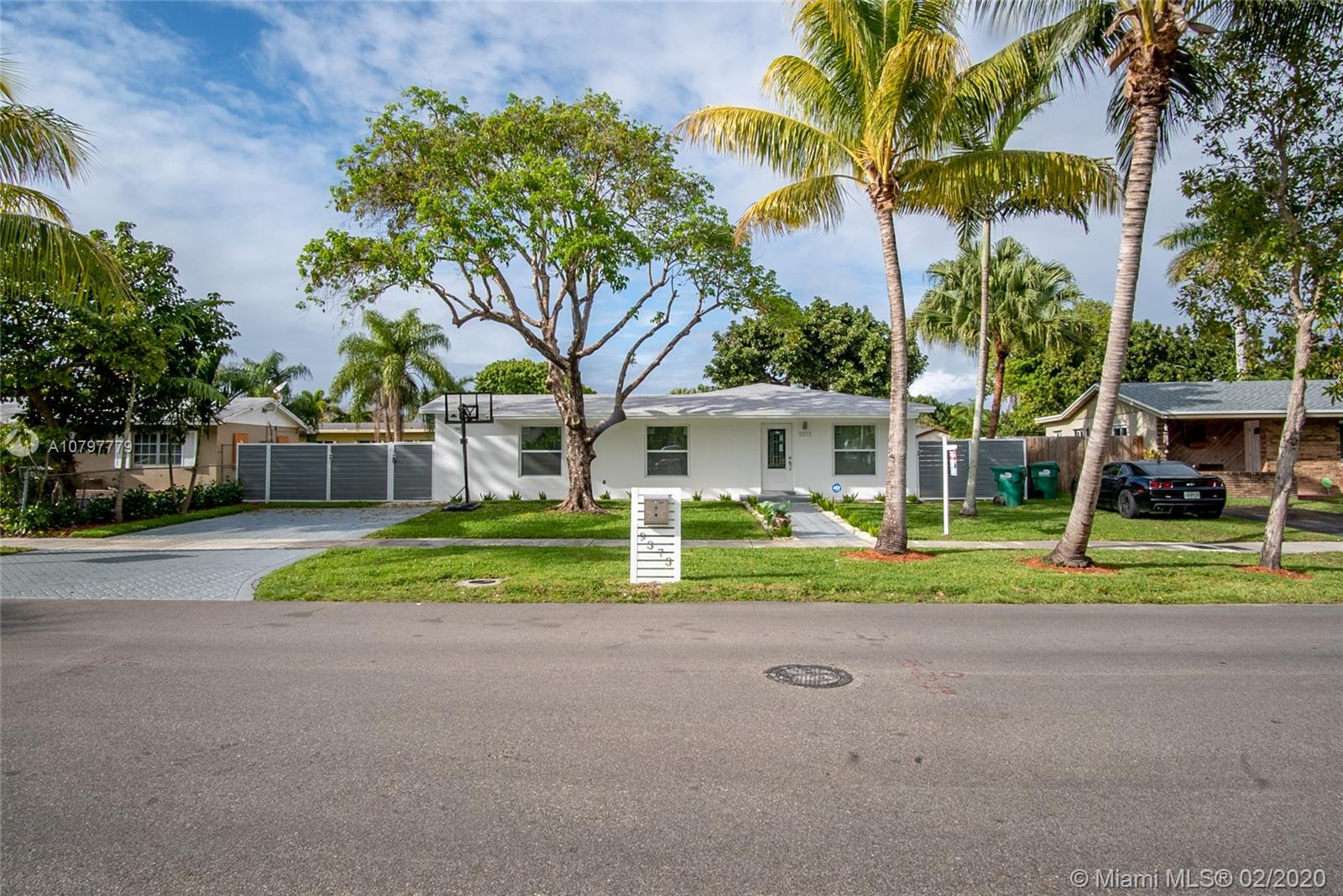 9373  Sterling Dr  For Sale A10797779, FL