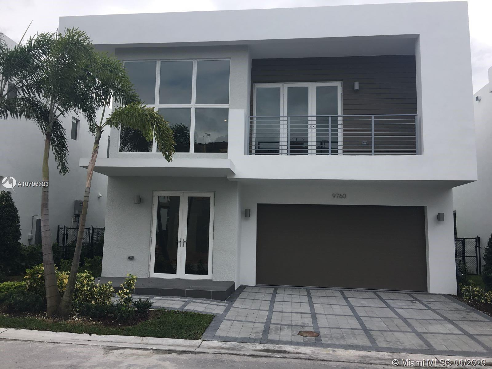 9760 NW 74th Ter  For Sale A10797781, FL