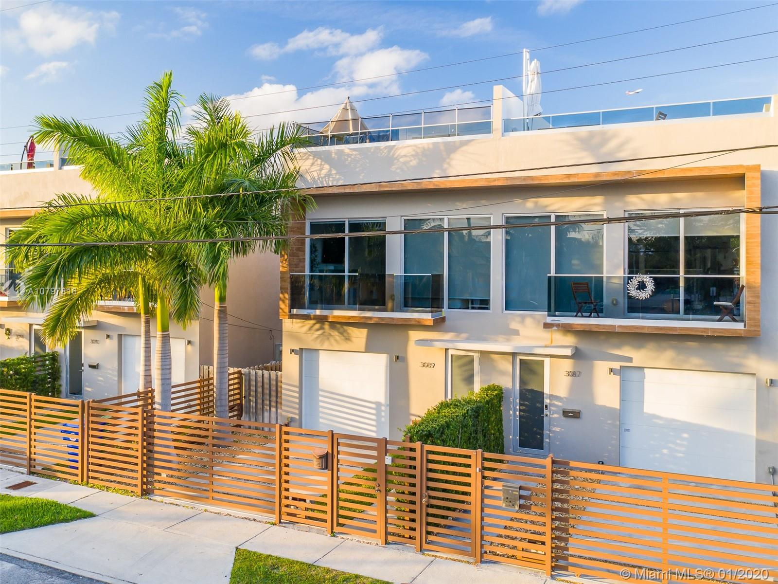 3089  21 street #3 For Sale A10797816, FL