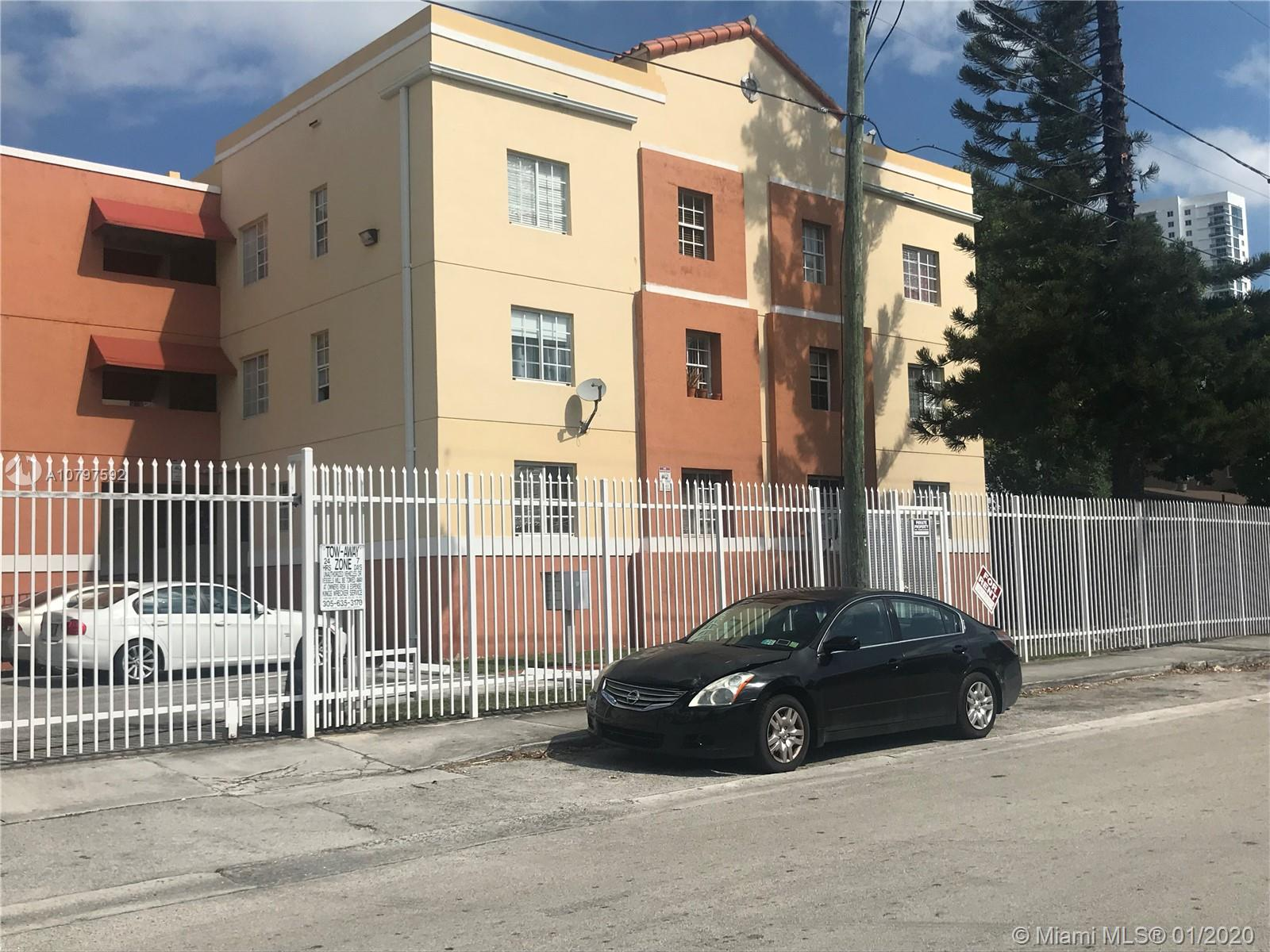 519 SW 2nd St #102 For Sale A10797592, FL