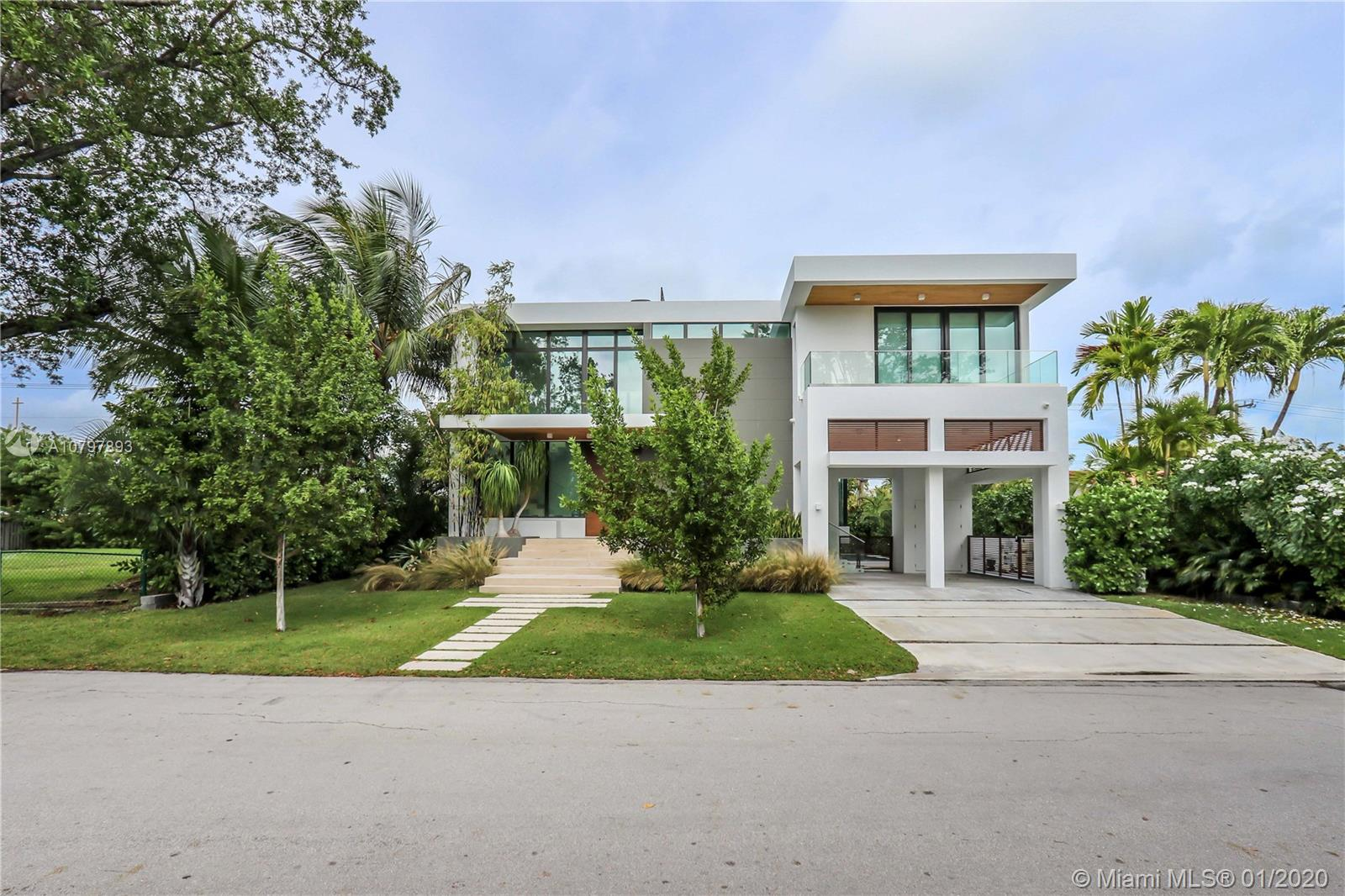 151  Buttonwood Dr  For Sale A10797893, FL