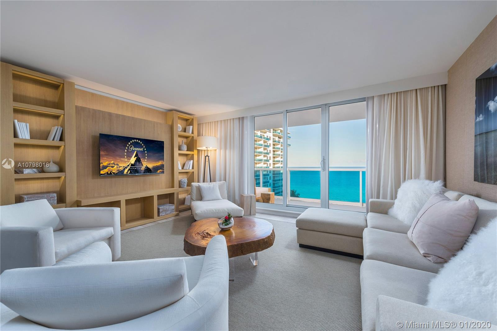102  24th St #1144 For Sale A10798016, FL