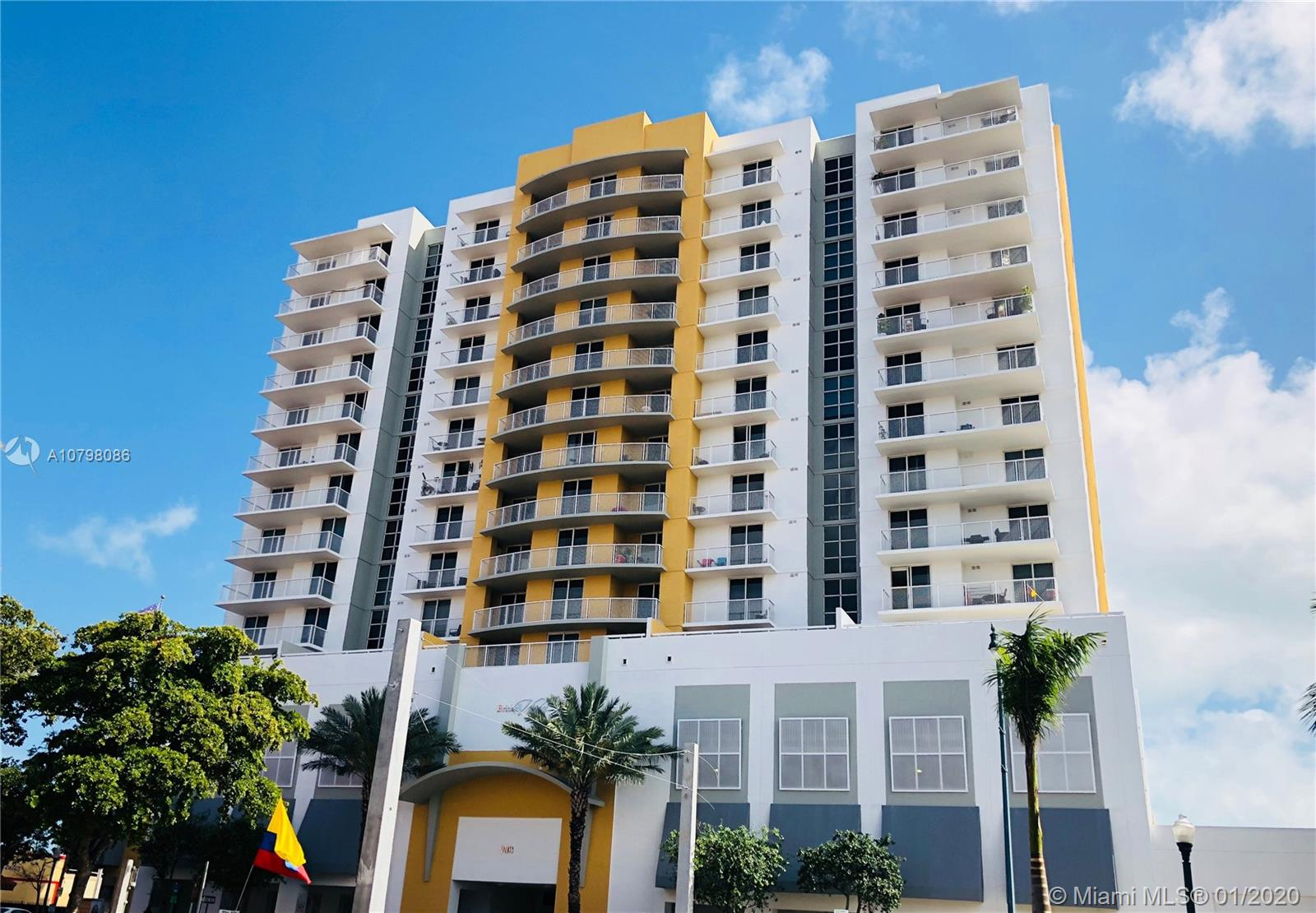 900 SW 8th St #1204 For Sale A10798086, FL
