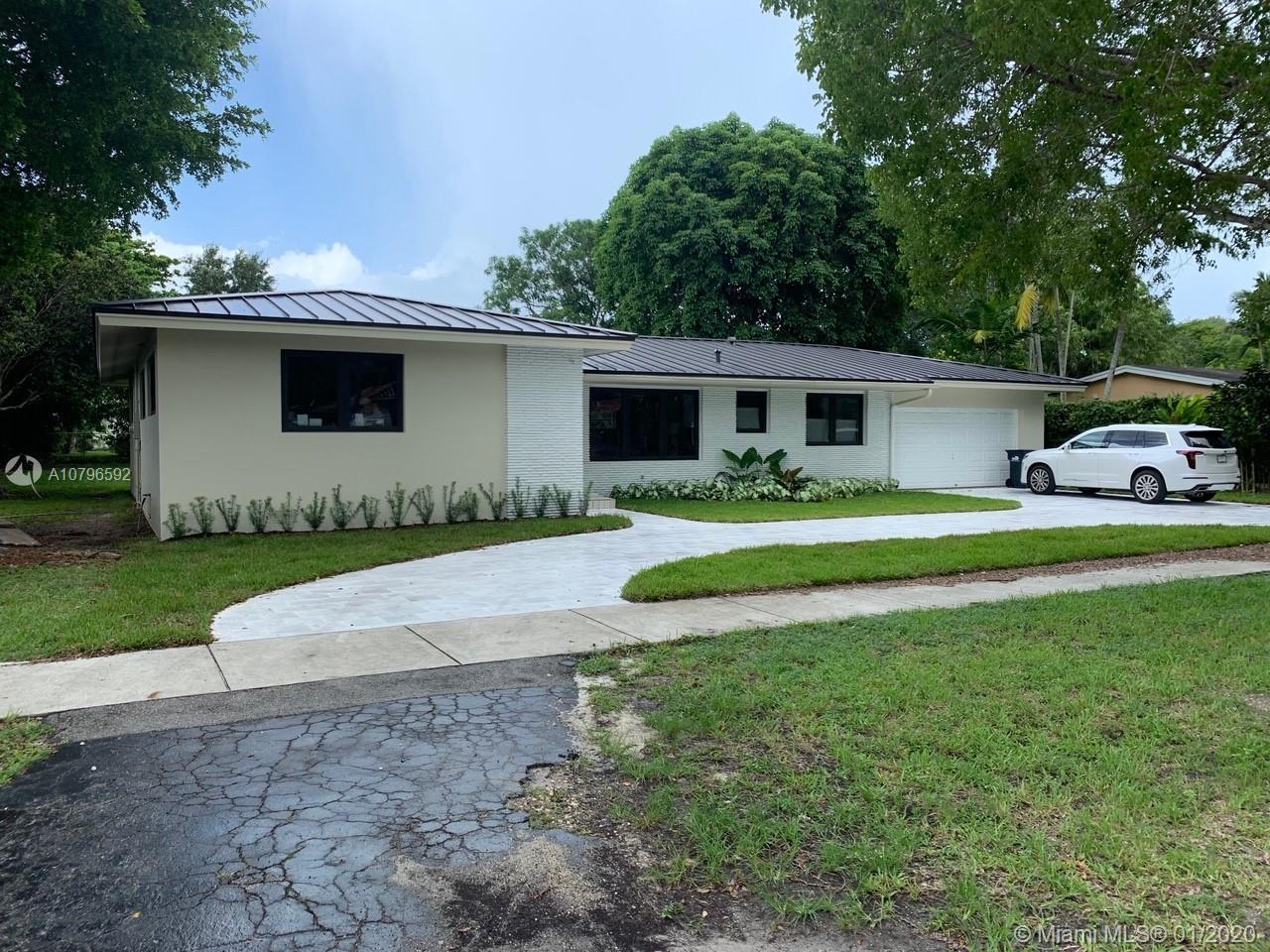 5750 SW 80th St, South Miami, FL 33143