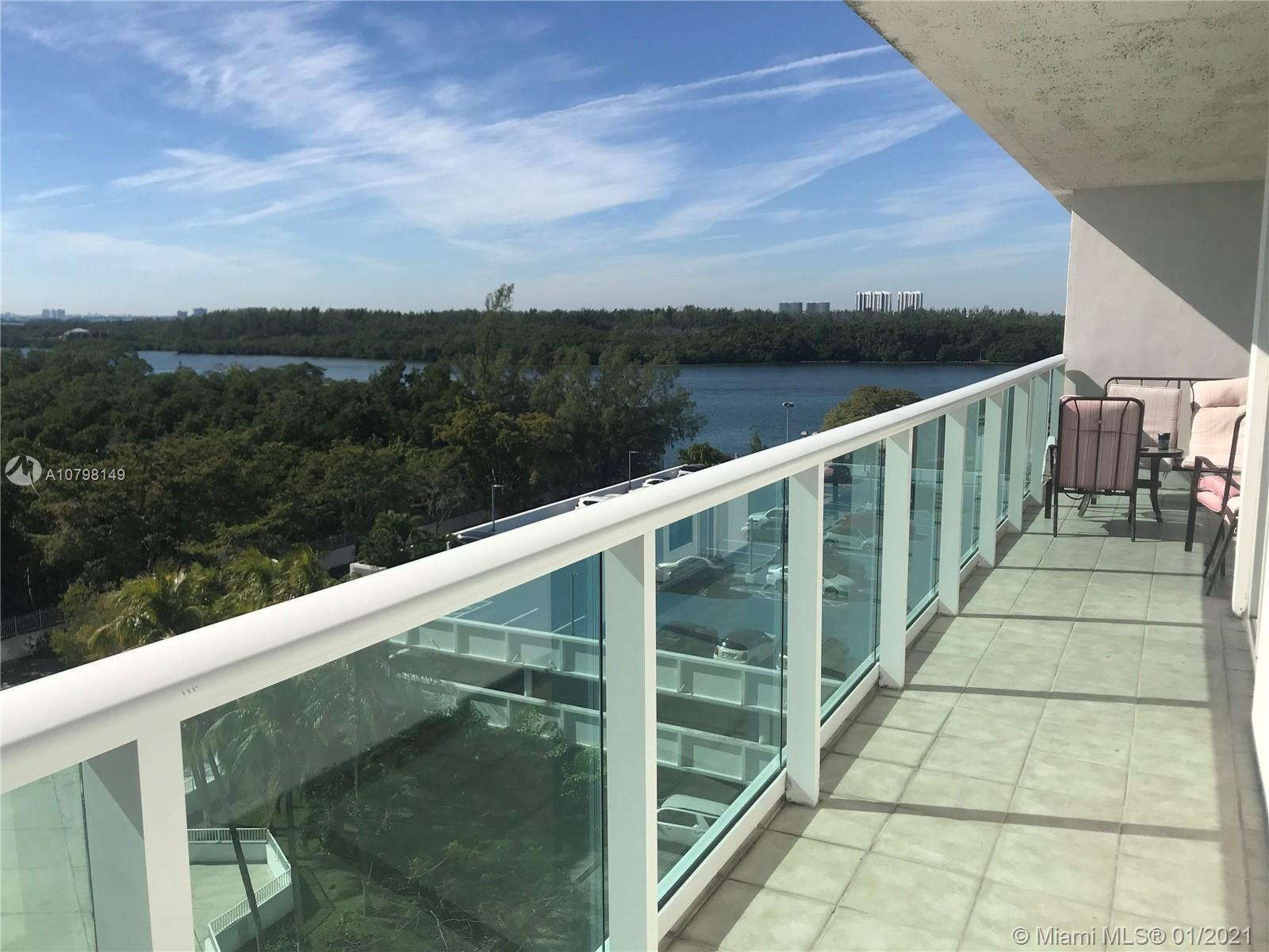 100  Bayview Dr #725 For Sale A10798149, FL