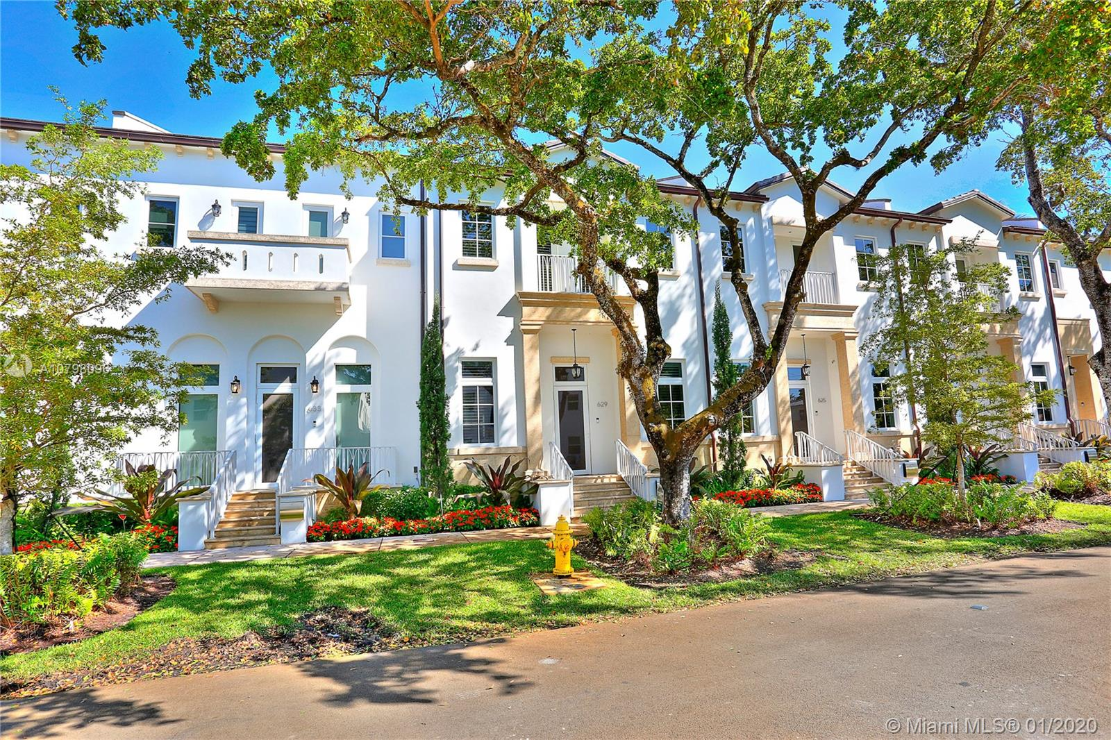629  Santander Ave #7 For Sale A10798096, FL