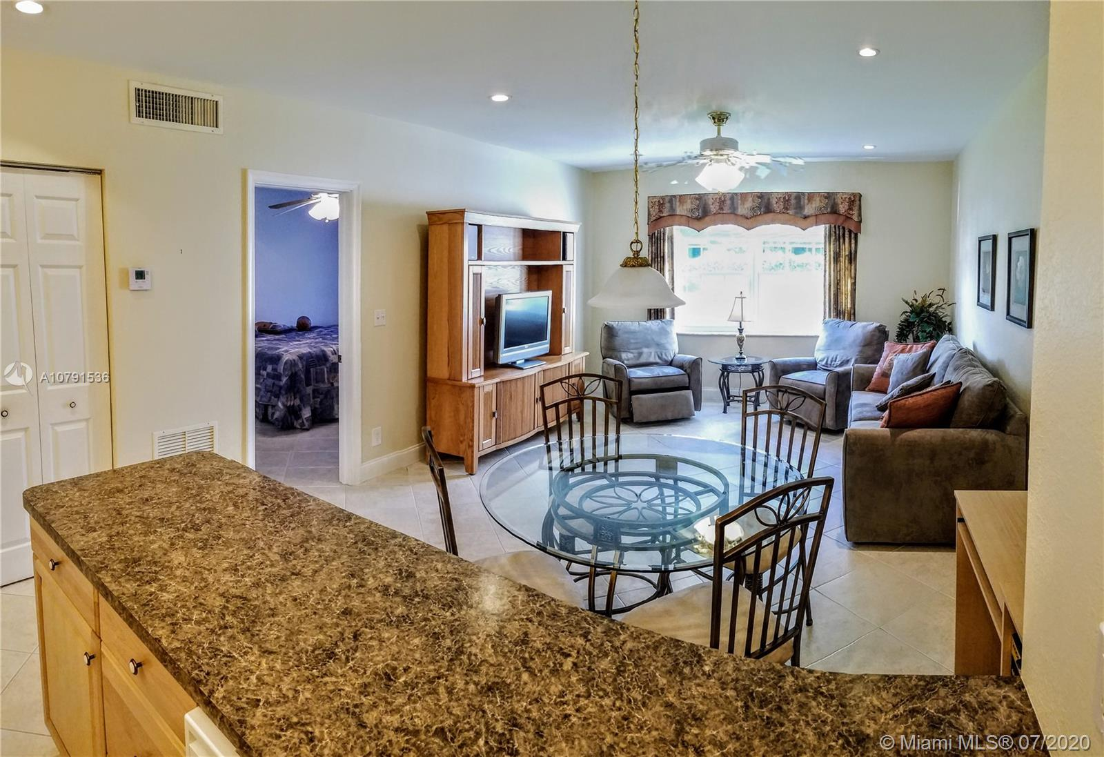 1520  McKinley St #103E For Sale A10791536, FL